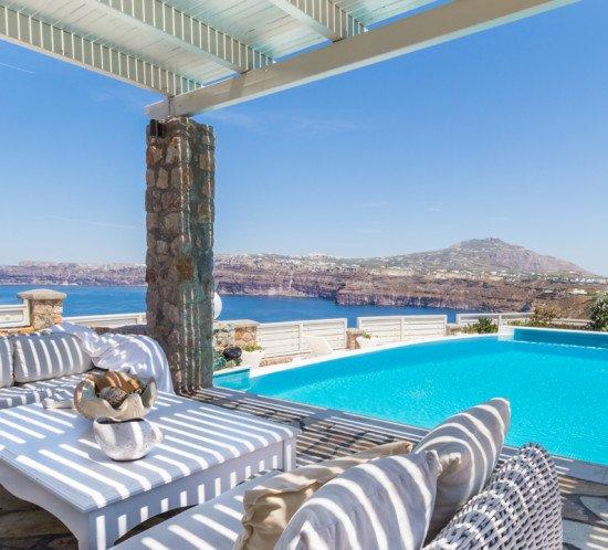 Santorini_villa_Bion_2